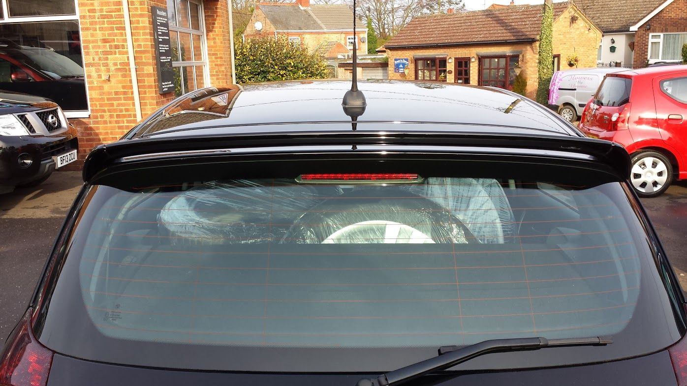 roof wing spoiler for bmw 1 series e81 e87 nla. Black Bedroom Furniture Sets. Home Design Ideas
